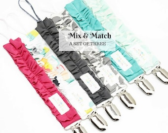 Binky Clips Girls/ Pacifier clips/ Ruffle Binky Clips/ Baby Gift Binky Clips/ Girls Pacifier Clips/ Pacifier Holder for Girls/ Soother Clips