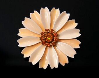 1960s Peach Enamel and Amber Rhinestones Flower Floral Flower Power Mid Century Bohemian Vintage Pin Brooch