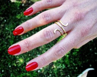 Gold Snake Ring, Snake Ring, Gold Filled Ring, Adjustable Ring, Bague Serpent Or, Hammered Ring, Snake Ring Gold, by Sara Gal.
