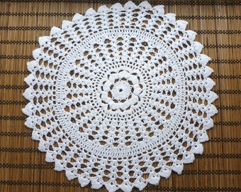White vintage lace doily,   lace  white color napkin