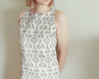 A-line retro 60s mini sleeveless brocade dress. Audrey Hepburn inspired. New, padded dress made to your measure!