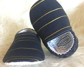 Baby Moccs: Navy Gold Stripes / Baby Shoes / Baby Moccasins / Childrens Indoor Shoes / Vegan Moccs / Soft Soled Shoes / Montessori Shoes