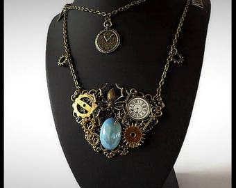 Steampunk necklace - steampunk spider gears - handmade jewelry - unique - gift idea - women - made in France - buy necklace