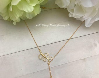 Delicate Open Gold Leaf  Lariat Necklace with White Pearl Accent, Wedding Jewelry, Bridal Jewelry, Minimalist Style