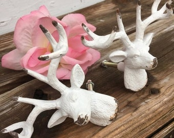 SALE SALE SALE Deer Drawer Pulls/ Drawer Pulls/ Drawer Knobs/ White Shabby Chic Knobs/ Deer Drawer Pulls/ Deer Drawer Knobs/ Deer Decor - Se