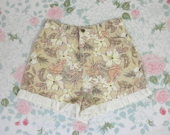 90's Lace Trim High Waist Tropical Safari Denim Shorts 1990's Bonjour Eyelet Ruffle Floral Palm Print Jean Shorts 11 / 12 / 29 / 30 / Large