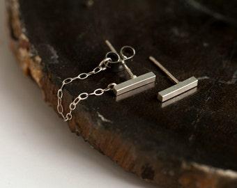 tiny sterling silver bar earrings. minimalist post earrings. chain earrings.