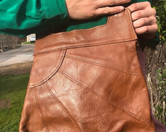 Brown Leather Sunshine Purse 70s