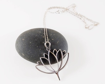 """Sterling Silver Tree of Life Necklace 18"""" Sterling Chain Simple and Elegant"""