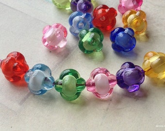 10 mm Knot Shape Acrylic Beads of Assorted Colors (.mn).