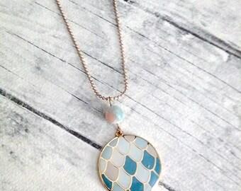 Round pendant necklace, Enamel pendant, Gold necklace, Blue, Boho necklace, Everyday necklace, Summer necklace, Simple necklace, Fashion