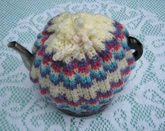 Vintage Tea Cosy - Pink, Blue, Purple, Cream - Vintage Style for your teapot.