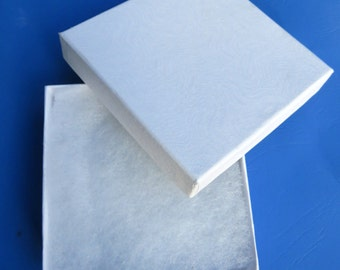 "Jewelry Boxes - White Jewelry Box - 3.70"" x 3.70"" x 1.25"" - Cotton filled White Box, Pin Box, Gift Box, Gift Wrap, Box Set, Wedding Supplies"