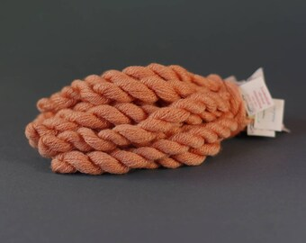 Embroidery yarn, hand-dyed with natural dyes, wool, silk, cashmere thread, cobweb weight, 20m, LADYS BEDSTRAW, orange color 279