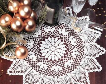 Starburst Pineapple - Crochet Doily Pattern