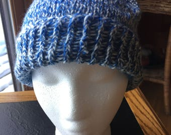 Beanie sloughy blue acrylic winter hat with pompom