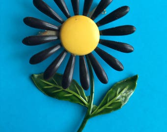 Vintage Sunflower Black & Yellow Pin
