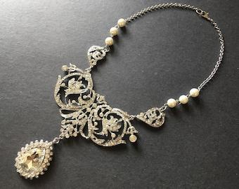 Donna Victorian Swarovski rhinestone crystals wedding bridal jewelry necklace