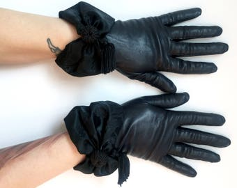 Vintage Leather Gloves Satin Bow Gloves Black Leather Gloves Tassel Gloves Fall Gloves Winter Gloves La Crasia Gloves Made in USA Size 7.5