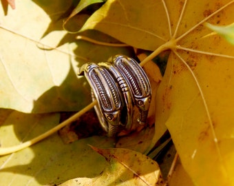 Serpent ring / silver ring / silver spiral ring