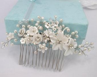 Le Style de rêve-Vintage Perles nacre fleur, d'eau douce nacrées et cristal de Swarovski peigne mariée