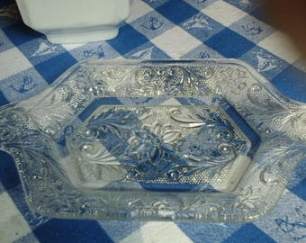 Indiana Sandwich Glass Tray