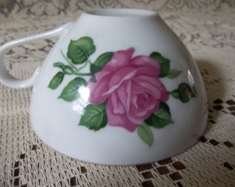 Lovely rose tea cup made in Japan