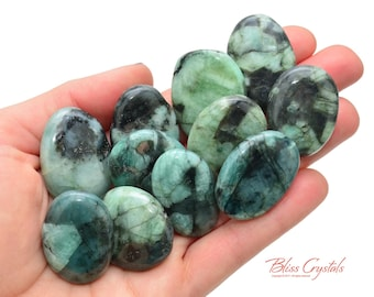 1 Medium EMERALD Palm Stone Crystal Taurus Birthstone Healing Crystals and Stones Loyalty Positive Energy #EP02