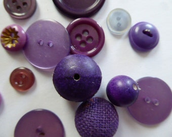 Purple Vintage Button Fun Pack assortment - (20)  Crafts, Sewing, Findings, Trim
