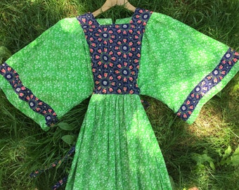 1970s Handmade Floral Dress (M/L)
