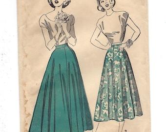 1940s Advance 4851, Teen-Age Flared Skirt, Ankle Length Skirt, Street Length Skirt, Unprinted Sewing Pattern, Waist 25 Hip 33