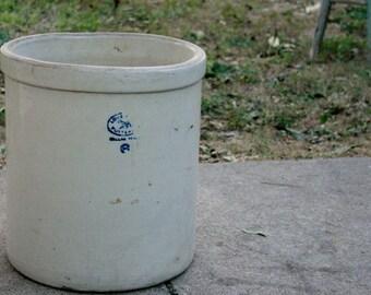 6 Gallon Love Field Potteries Dallas Texas Crock