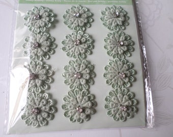 x 1 Board of 12 3D flowers light green cotton sheer lace + white rhinestones 25 mm silver metal shank
