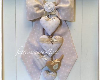Birth bow in dove-coloured cotton with coordinated hearts and bird of linen
