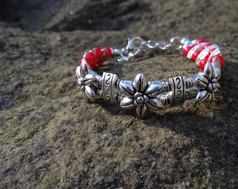 Spiritual Red Flower Bracelet - Organic Beach Festival Surf Ethnic World Asian Tribal Tribe Alternative
