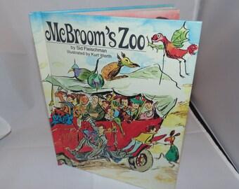Vintage 1972 Mcbroom's Zoo by Sid Fleischman Weekly reader book club Grosset Dunlap