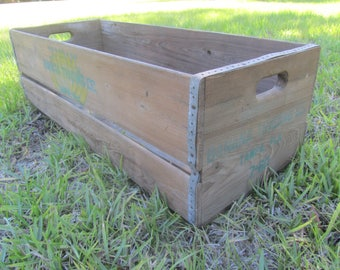Banana Crate, Large Wood crate, wood box, vintage crate, vintage wood box, large box, Banana Trading Co. Tampa Fla. crate, farmhouse decor,