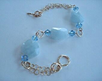 Aquamarine Bracelet in Gold, Birthstone Bracelet, Bridal Gift, 14k Gold Fill Chain Bracelet, Mothers Day Gift