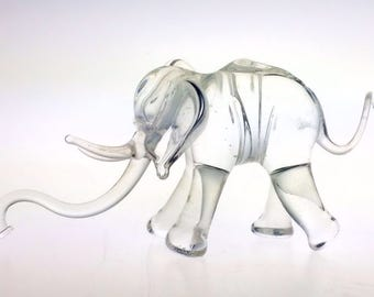 Studio Artisan Handcrafted Glass Menagerie Elephant Crystal Clear