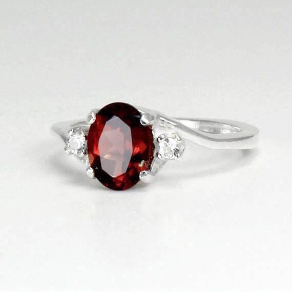 Mens Garnet Ring Used
