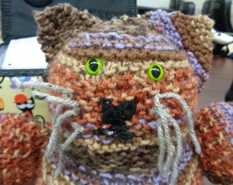 """cat/knit/collectible- """"Purrsie"""" w/free gift"""