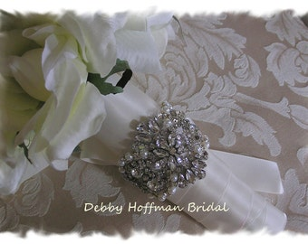 Rhinestone Crystal Pearl Bridal Bouquet Wrap, Jeweled Bouquet Cuff, Pearl Crystal Bouquet Wrap, Rhinestone Wedding Bouquet Cuff, No. 4065BW