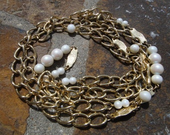 Very long Gold Tone Chair Necklace Long NECKLACE Vintage jewelry