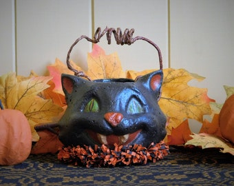 SMALL BLACK CAT- Primitive Paper Mache Folk Art Halloween Candy Container