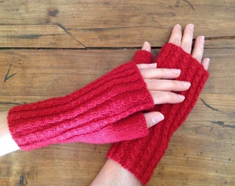 Red mittens wool