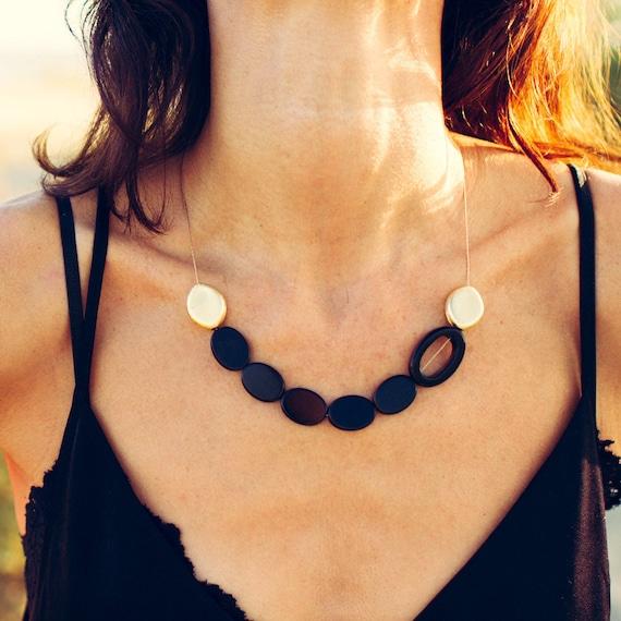 BLACK PEBBLES Necklace