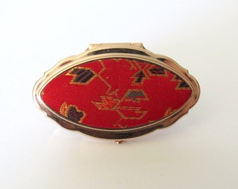 Vintage Lipstick Holder Case Ring with Mirror Cosmetic Storage Oversize Statement Ring 1960s 60s Costume Jewelry Accessory