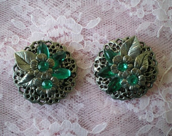 Lovely  Two Sisters Clip On Vintage Earrings