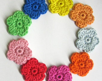 Crocheted flower appliques, 9 pc.,  cotton flowers 1,2 inches