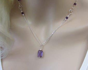 Delicate Amethyst Necklace in Sterling Silver, Purple Bride Necklace, Wedding Jewelry, February Birthstone Gift, Natural Amethyst, Pearls